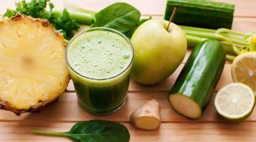 detoxifiere cu suc verde