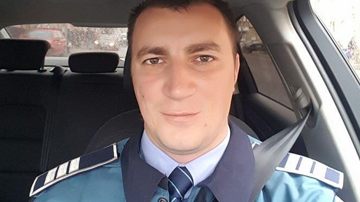 proces parazitii vs politie)