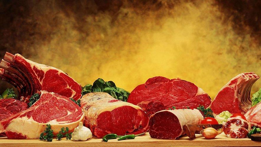 Cancer colorectal viande rouge. Pourquoi pe mange moins de viande în Franța | Știri -